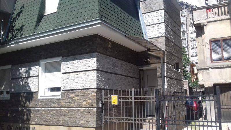 dekorativni-prirodni-kamen-fasada-1